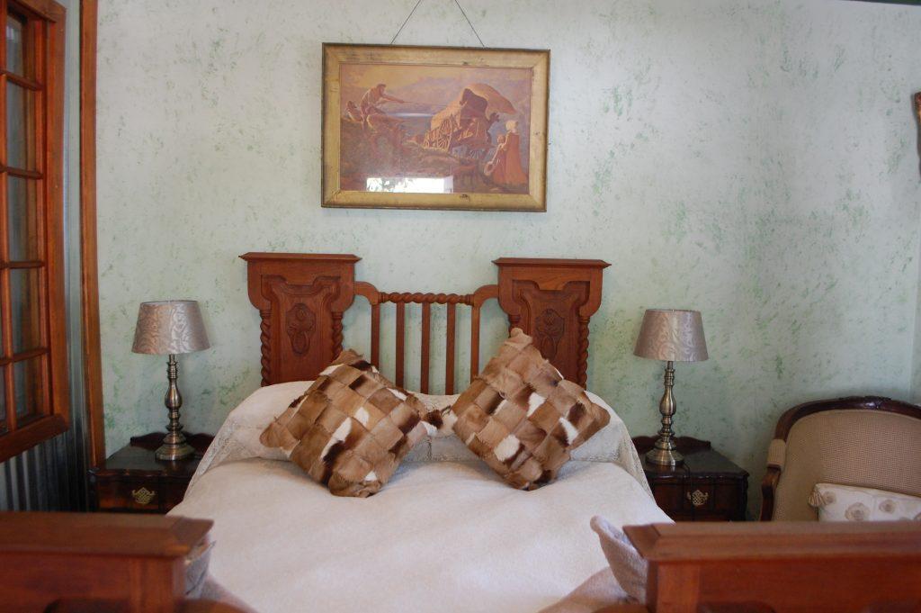 Skinkikofi Manor bed