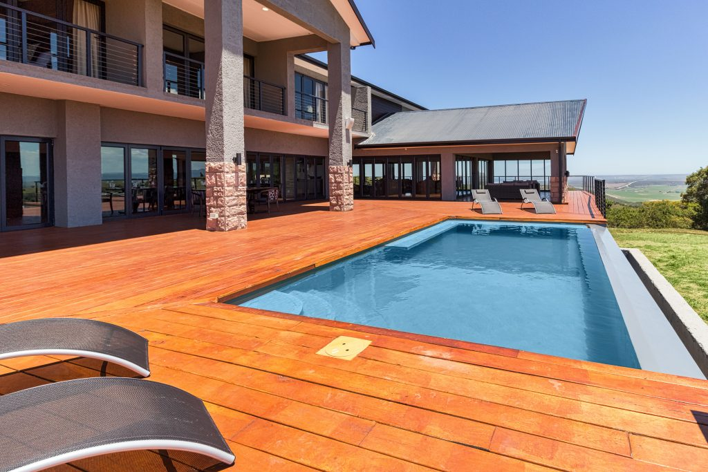 Intle Game Lodge accommodation