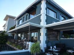 Leewenzee accommodation sea point cape town
