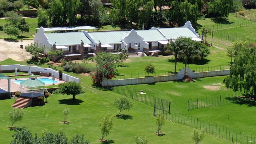 Old Mill Country Lodge & Restaurant - Accommodation - Oudtshoorn