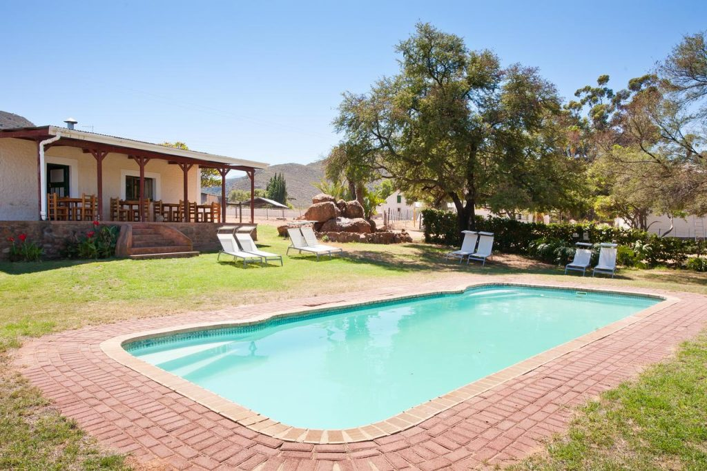 Red Stone Hills Guest Farm - Accommodation - Oudtshoorn