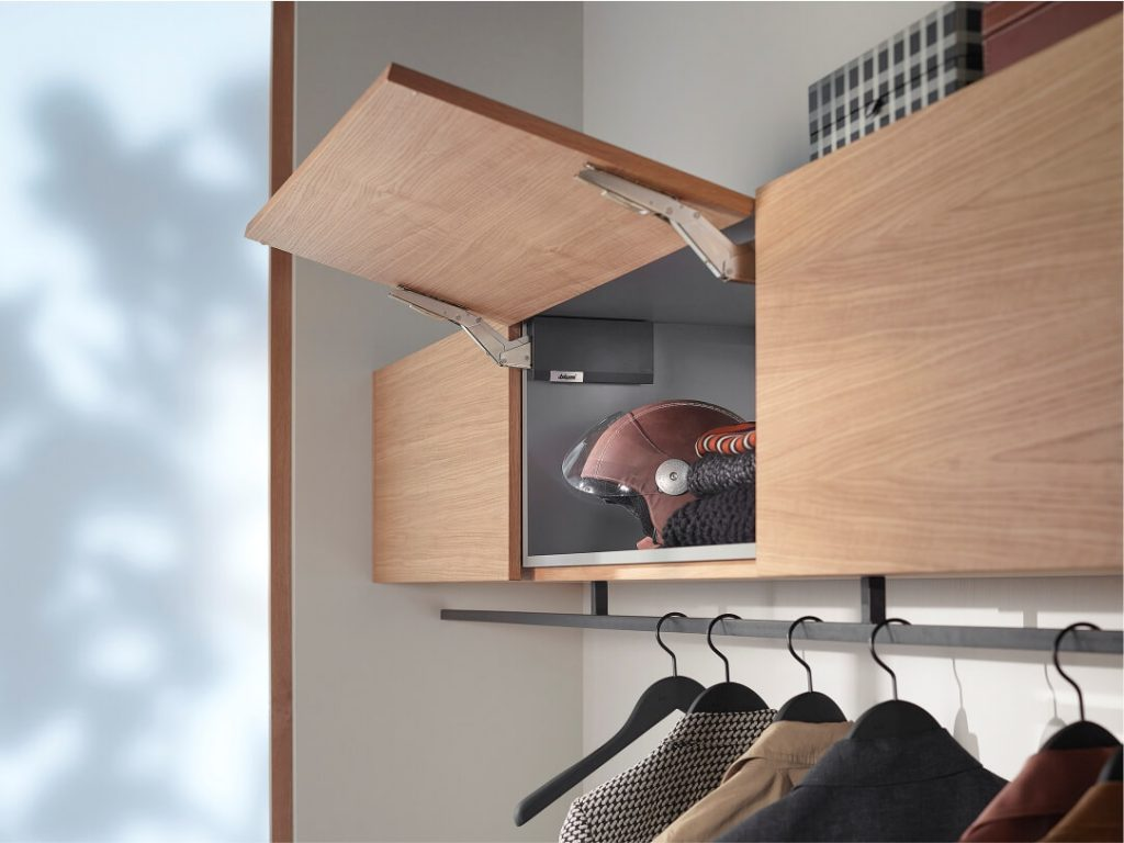 AVENTOS HK cabinets, interior