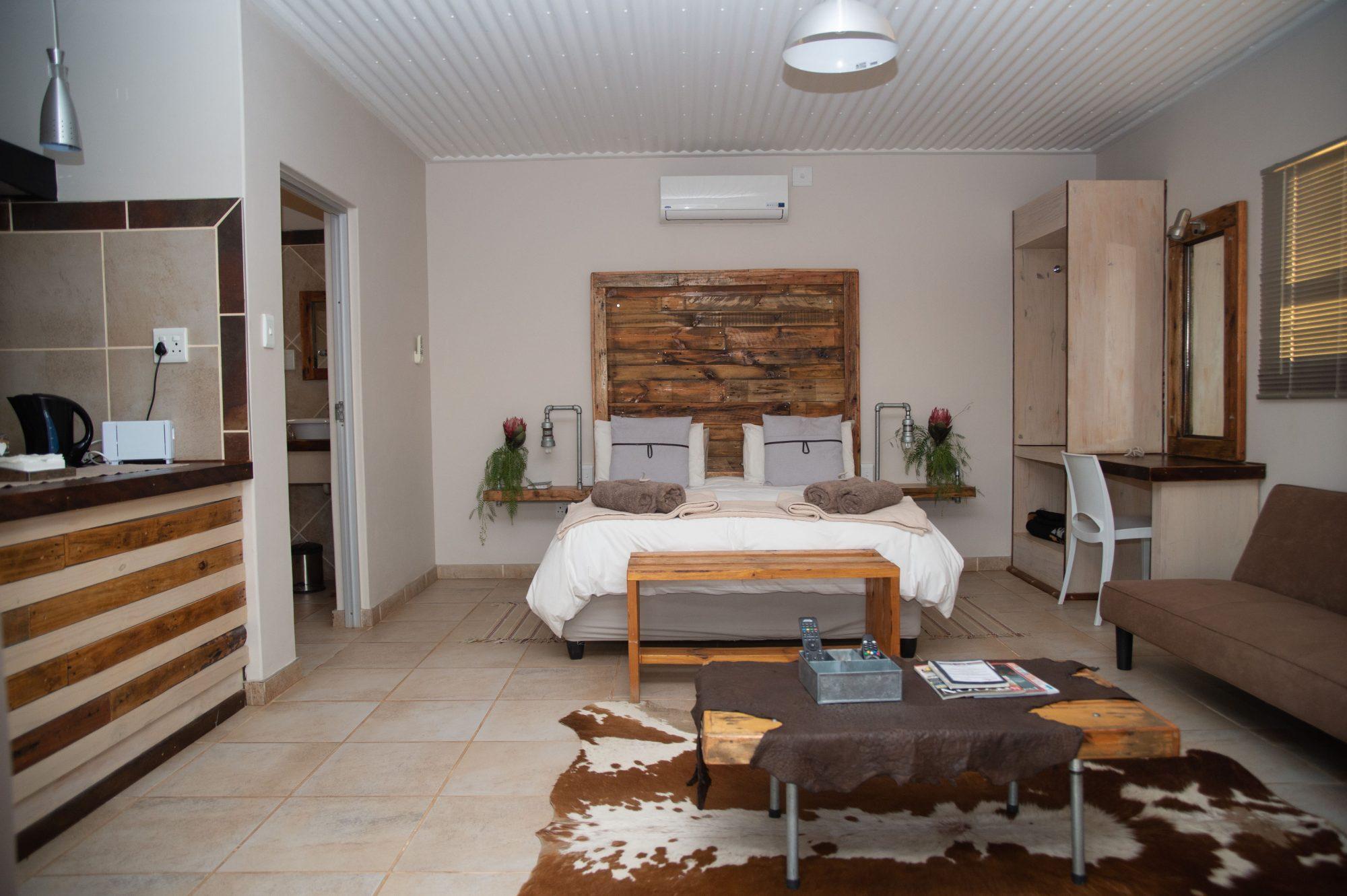 Kgalagadi Lodge - accommodation - Askham - Northern Cape