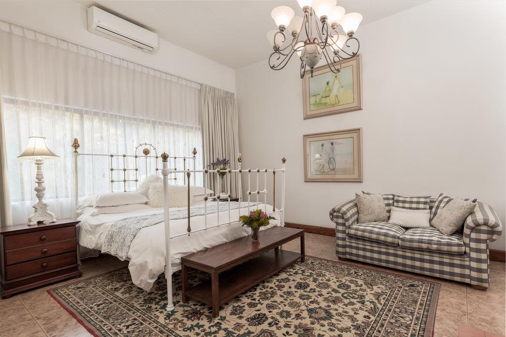Royston Hall, Umtentweni, LPort Shepstone, KwaZulu Natal (8)