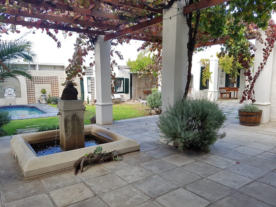 Aa'Qtansisi Guesthouse, Graaff-Reinet, Eastern Cape (9)