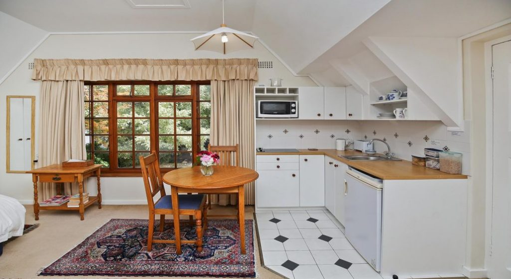 Southey Cottage, Claremont, Cape Town (8)