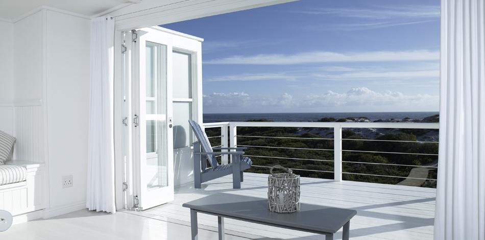 White House Beach Villa