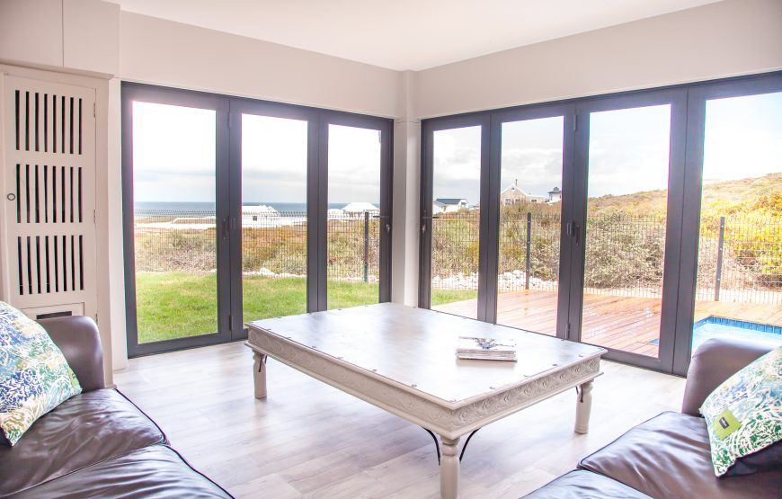 Where to Stay in Yzerfontein
